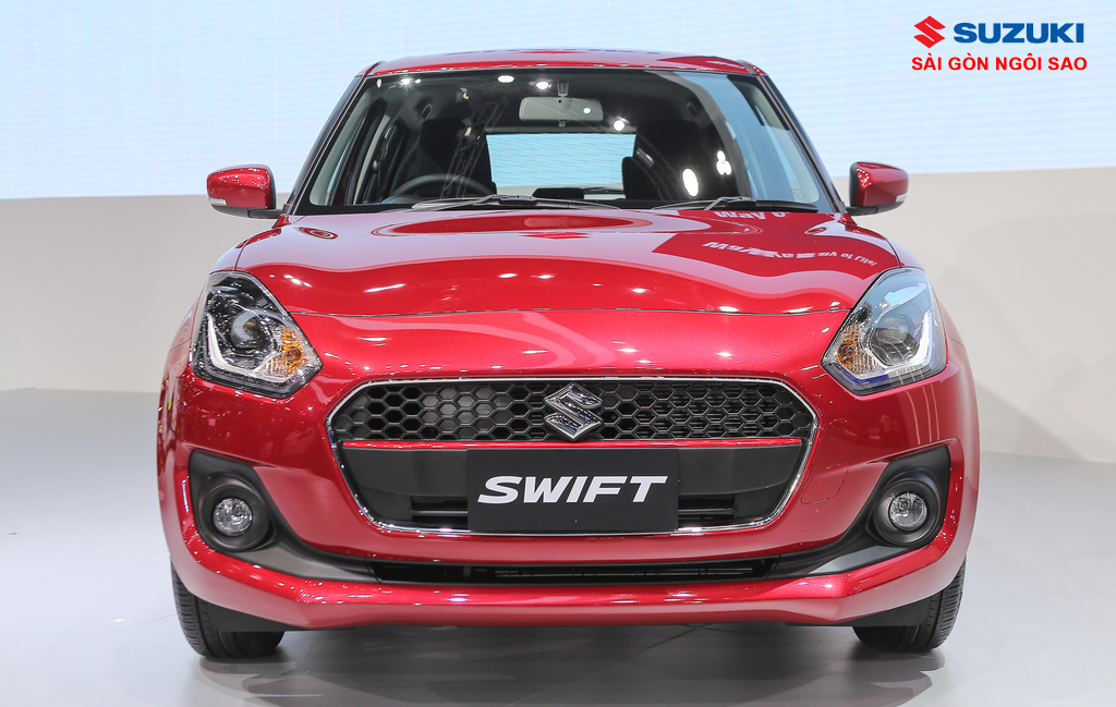 SUZUKI SWIFT 2019 1